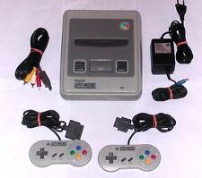 SNES Super Nintendo Konsole + 2 ORIGINAL Controller + ORIGINAL Anschlusskabel