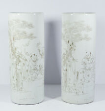 A PAIR ANTIQUE 19/20th CHINESE PORCELAIN HAT STAND VASE FIGURES