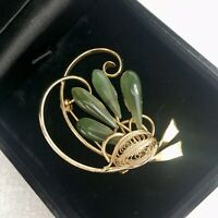 VINTAGE Brooch Art Deco 1920s Style Gold Tone & Green Glass Fan Swirl Filigree