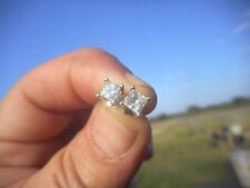 Stud Very Good Cut Fine Diamond Earrings