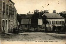 CPA Mayet de Montagne Place du Marché, vieille Maison (683152)