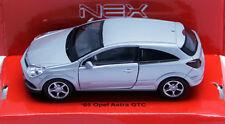 Silver Opel Astra GTC 2005 '05 modellauto model car Welly diecast scale 1:36