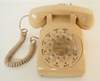 Bell System Western Electric Rotary Phone Peach Color R82-5 500DM Not For Sale