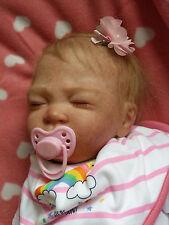 Muñeca Bebé Reborn Hanley Sweet Pea esculpida por Laura Lee Eagles dormido