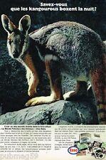 Publicité advertising 1972 Le Monde Fabuleux des animaux chez esso Kangourou
