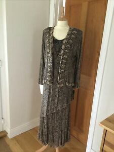 Beautiful Italian Lace Outfit NEW With Tags Size 18