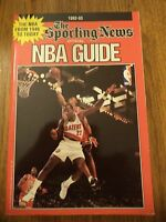 1992 - 1993 SPORTING NEWS NBA GUIDE SCOTTIE PIPPEN MICHAEL JORDAN CLYDE DREXLER