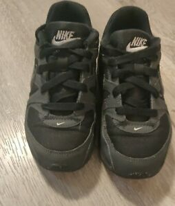 Nike Air Max Command Black Kids Youth Shoes Size 1.5Y