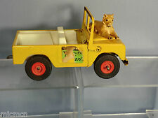 VINTAGE TRI-ANG No.XX  PRESSED STEEL LAND ROVER WILD-LIFE SAFARI