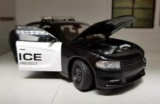 G 1:24 Scale Dodge Charger V8 Pursuit USA Police 2016 Welly Diecast Model Car