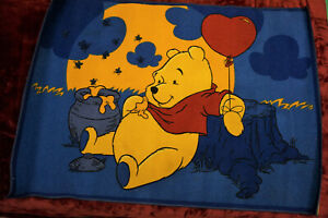 Kinderteppich, Spielteppich - Winnie Pooh, Hunny - 133 x 95 cm