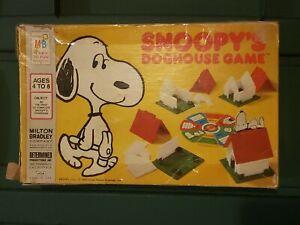 ✅VINTAGE MILTON BRADLEY'S SNOOPYS DOGHOUSE GAME 1977 read