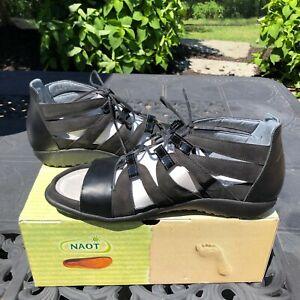 Naot Selo Gladiator Leather & Black Velvet Sandal - Size US 9 - EU 40 MSRP $180