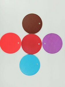 Vigor Silicone Trivet Flexible Heat Resistant, Oven Honey Comb Pads Counter mat