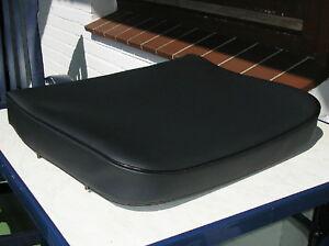 1 UNIMOG 411 Sitzbezug, Sitz oder Lehne, schwarz NEU