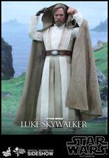 Hot Toys Luke Skywalker Star Wars Force Awakens 1/6 Scale 902776 In Stock