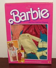 Vintage 1984 Barbie Vet Fun Fashion Playset Outfit #9267 NRFB