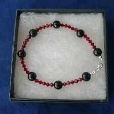 """Beautiful Bracelet With Onyx And Red beads  8"""" Inches - 7"""".5 - 7"""" Long In Box"""
