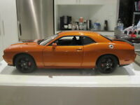 1/18 ACME A1806008N 2010 DODGE CHALLENGER SRT8 ORANGE/BLACK *NEW* 1 OF 240!!!