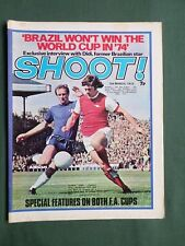 SHOOT  FOOTBALL MAGAZINE  3 MARCH 1973    STOKE CITY TEAM   PETER SHILTON