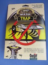 Gadjit Wasp Trap Turns Soda Pop Bottle into Pest Catcher  Made in USA #26135-12