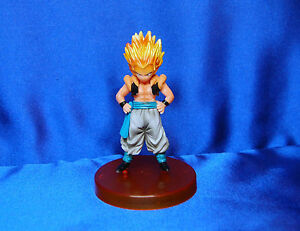 DragonBall Z Party Set # 8 DBZ Plates Napkins Blowouts Tattoos Hats Tablecover