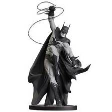 Batman Black and White Statue by Tony Daniel *One of the most RARE*