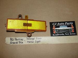80 Pontiac GRAND PRIX RIGHT PASSENGER SIDE FRONT AMBER MARKER PARK LIGHT LENS