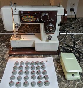 JC Penney 6925 Sewing Machine w/ cams Vintage Tested Working