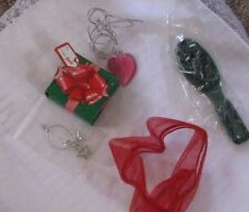 Holiday Surprise Barbie Doll Accessories Shaw Brush Jewelry Present Necklace