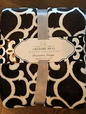 Black White Scroll Damask QUEEN Bed Blanket NEW 90 x 90 Super Soft!