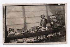 PHOTO ANCIENNE CARTE MARCHÉ Marchande de légumes vers 1930 Poule Commerce Petit