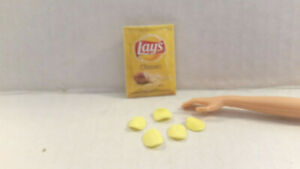 Barbie Doll 1:6 Kitchen Miniature Food Container Biscuits Cinnamon Rolls Tray