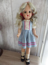 POUPEE ANCIENNE IDEAL DOLL  RHODOÏD MARCHEUSE CIRCA 1940/1950