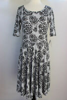 Large LuLaRoe Noir Blanc Nicole Dress Black White Flowers Cottony Lightweight 22