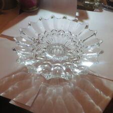Plateau ciselé sur pied en verre