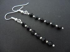 Un par de cristal, negro bolas de cristal plateado plata Aros Colgantes. Nuevo.