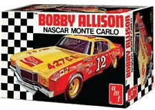 1:25 AMT - Bobby Allison Monte Carlo Stock Car Plastic Model Kit(AMT1064)