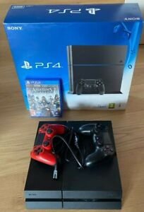 Playstation 4 (CUH-1216A) mit 500 GB Festplatte, 2 Controller, AC Syndicate