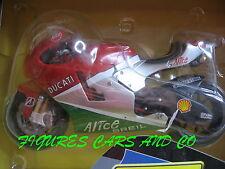 MOTO GP   1/12  DUCATI DESMOSEDICI GP6  LORIS CAPIROSSI 2006