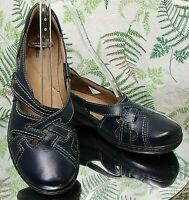 CLARKS NAVY BLUE LEATHER LOAFERS SLIP ONS BUSINESS DRESS SHOES US WOMENS SZ 9 M