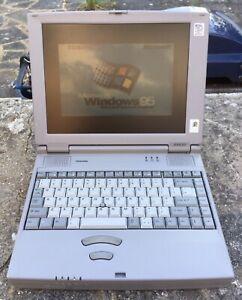 Vintage Toshiba Satellite 300CDT Laptop 166MHz Intel Pentium MMX Windows 95
