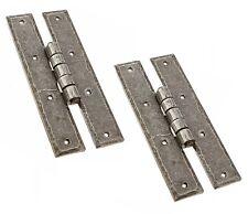 """Un paio di 6"""" porte o grandi cerniere per scaffale H in peltro finitura ferro battuto 51"""