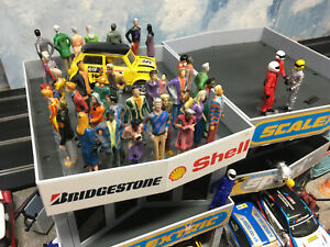 Scalextric Carrera Scale 1:32 Slot Car Model Figures Painted People Crowd Fans