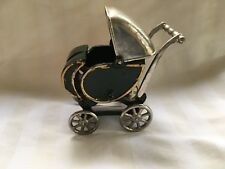 """Antique 5-1/2"""" Cast Iron Toy Buggy"""