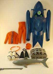 Vintage GI Joe Adventure Team Shark Surprise Sea Sled & Accessories