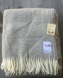 Pure Nature Since 1907 100% Wool Throw – Brown and Ivory Diamond Design – New