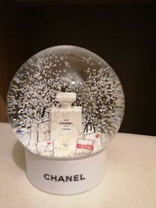 Chanel white bottle Snow Globe Rare VIP Gift worldwide shipping.