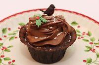 6 Robins Christmas Cake Decorations