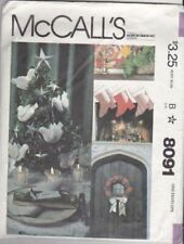 McCalls Sewing Pattern 8091 Christmas Holiday Ornaments Wreath Stockings Craft